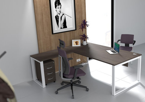 Executive Radial Desk in Walnut
