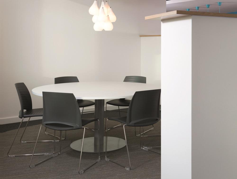 Giant Round 8 Seater Meeting Table Radius Office Uk