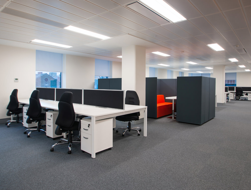 Apex Floor with desks and chairs