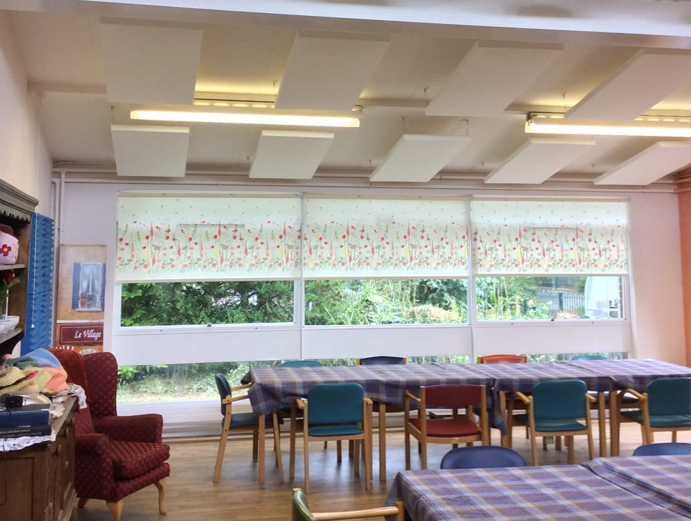 Soundtect Recycled White Hanging Acoustic Panel Class with Modern Design for Canteens and Reception Areas