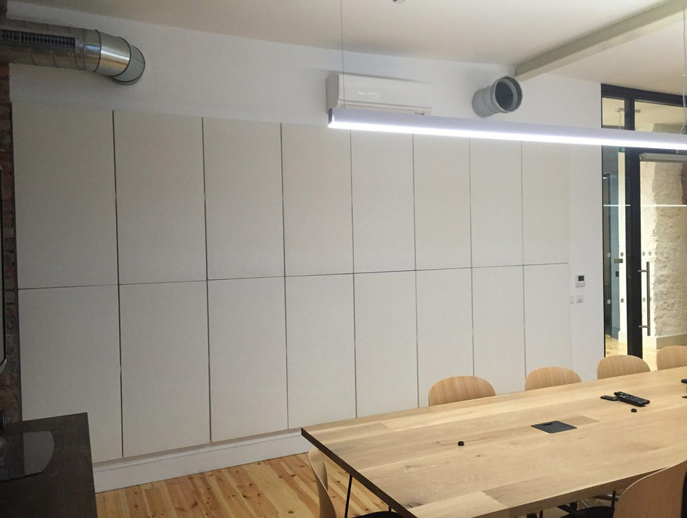Soundtect Recycled White Wall Hanging Acoustic Panel Class in Meeting Room with Wooden Table