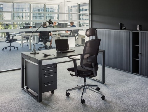 Sava Ergonomic Mesh Chair Black Back with Castor Wheels and Computer
