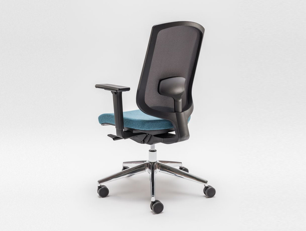 Sava Ergonomic Mesh Chair with Castor Wheels and Chrome Legs