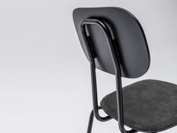 MDD New School Chair with Confortable Back Rest
