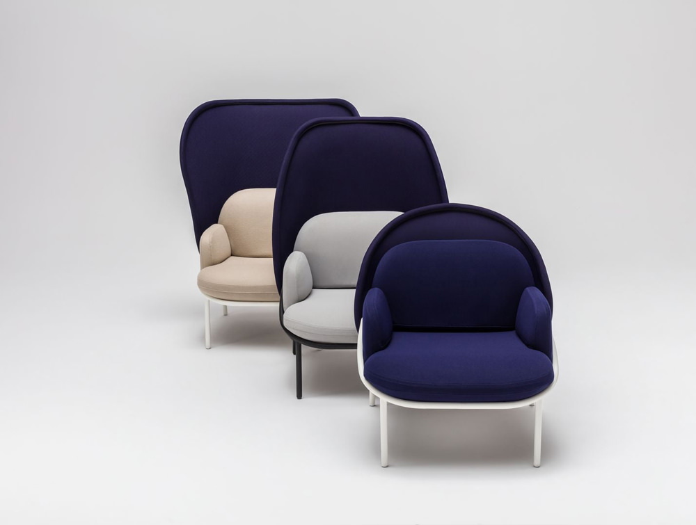 Mesh Armchair with Low Shield and Deep Blue Finish and White Metal Legs Base