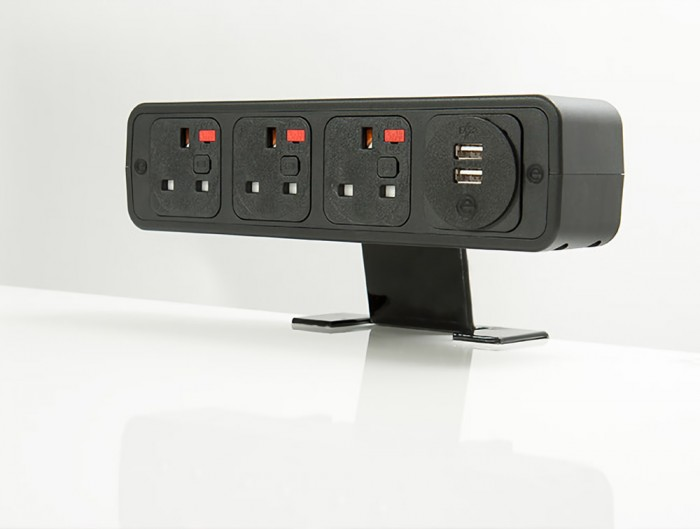 OE Pulse 8 On Surface Power Module with Black Finish and Dual USB Port