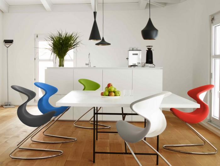 Aeris-Oyo-Ergonomic-Conference-and-Visitor-Chair-in-Kitchen