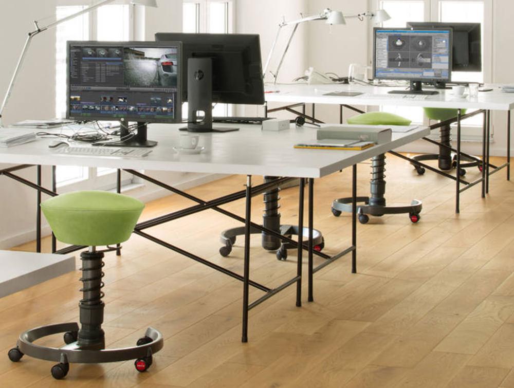 Aeris-Swopper-Ergonomic-Office-Chairs-in-Office