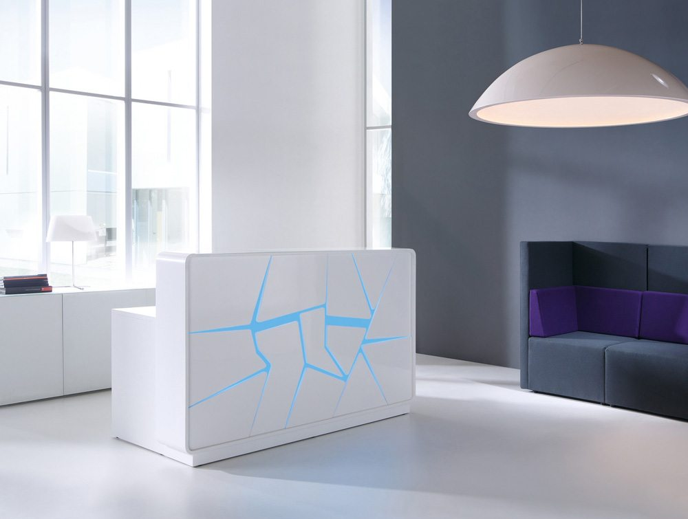 Arctic Summer White with Blue Light Scene and Purple Soft Seating