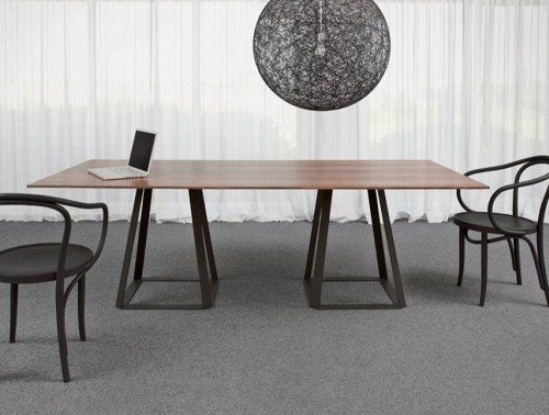 Balma H2 Meeting Table with Metal Base