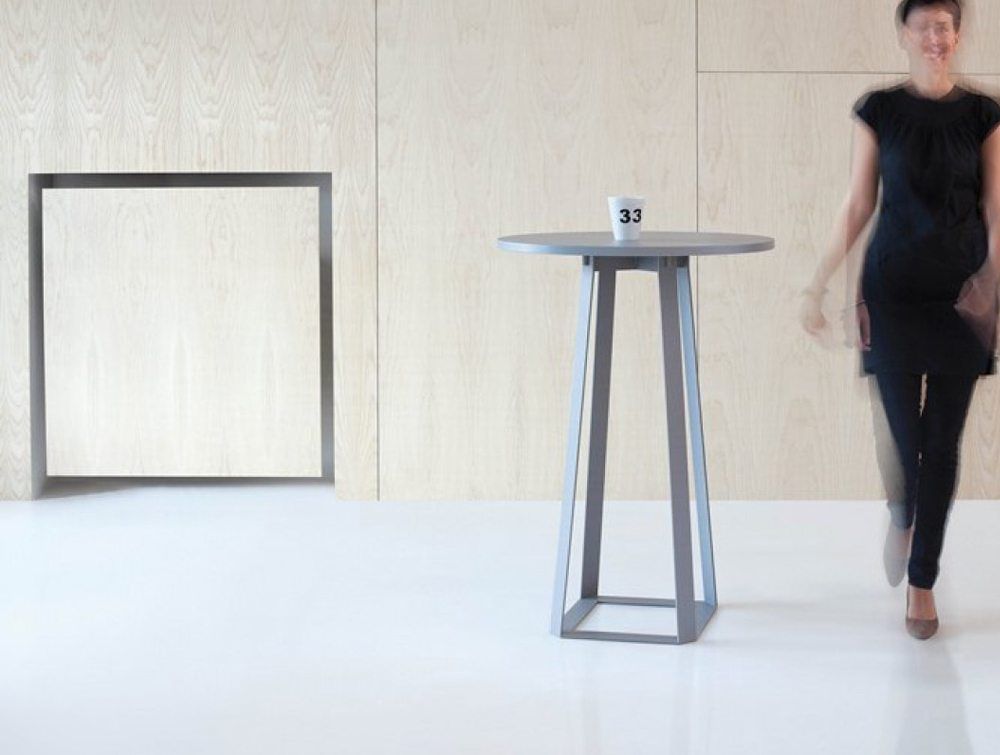 Balma H2 Round Top Coffee Table with Metal Base