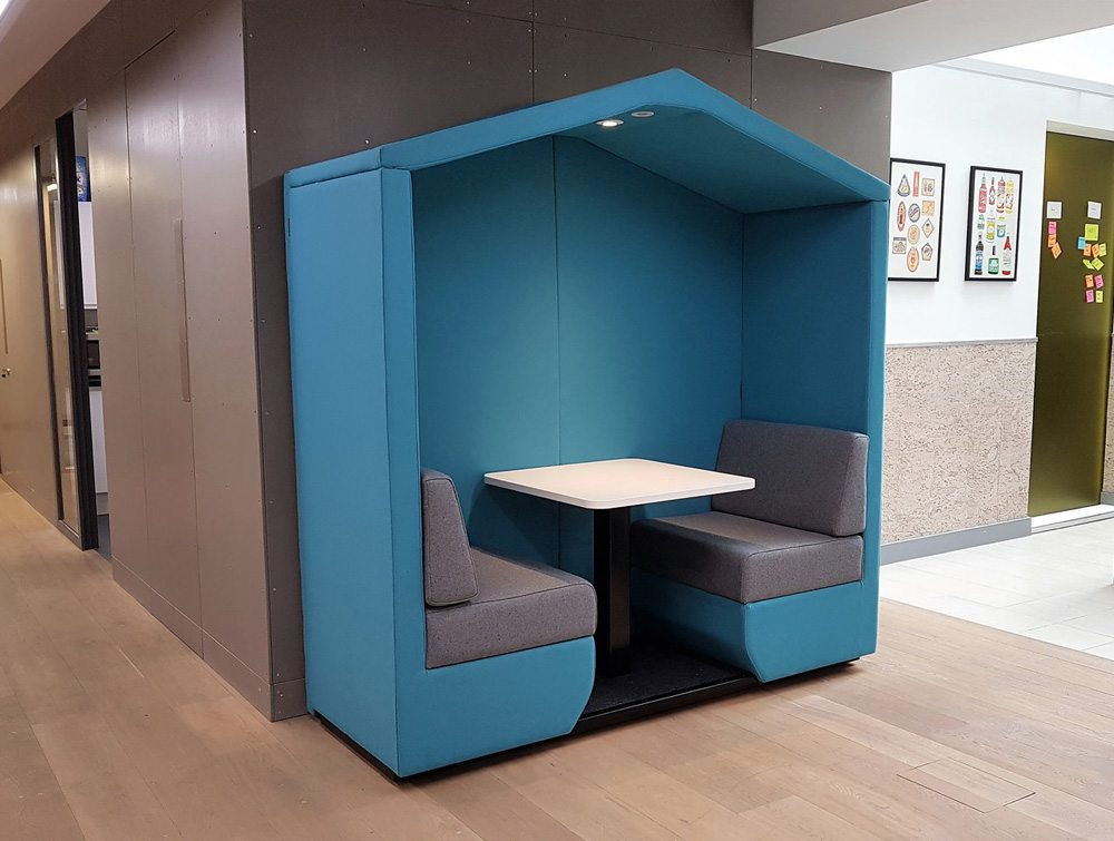 Bea 2 seater meeting pod funky blue