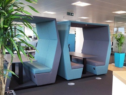 Bill 6 seater meeting pod cool blue colour with overhead led lights