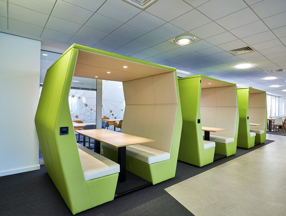 Bill 6 seater meeting pod lush green colour with overhead led lights