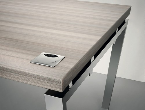 Buronomic Prestige Contemporary Executive Desk 2.jpg