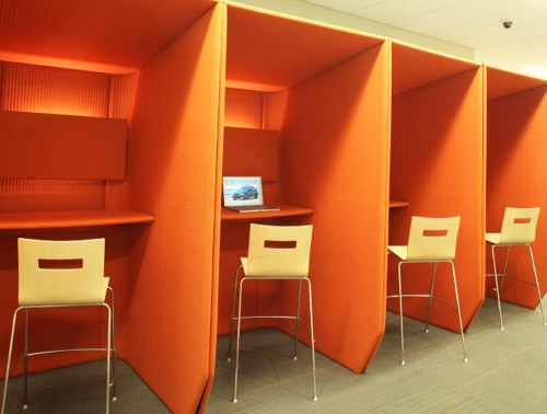 BuzziBooth-Standing-Acoustic-Open-Workstation-Pod-Orange-with-High-Stools
