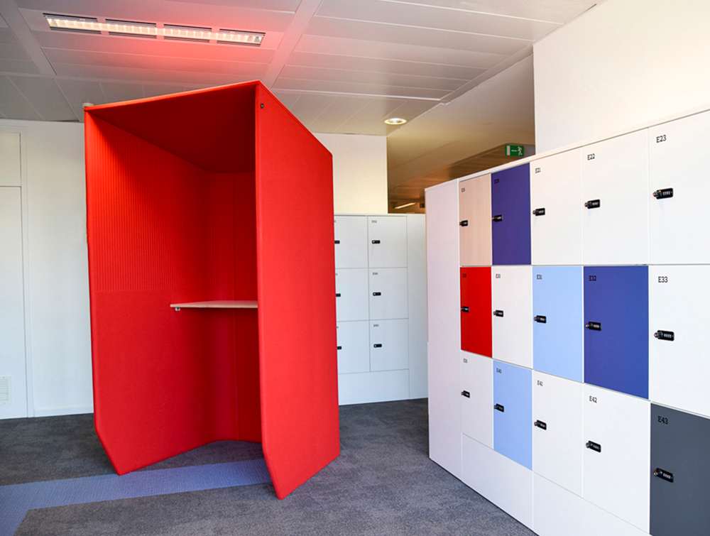 BuzziBooth-Standing-Acoustic-Workstation-Pod-Red