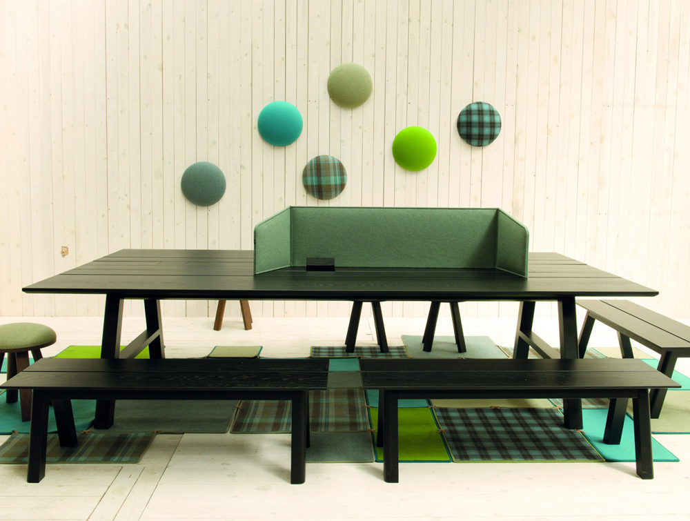 BuzziDesk-Flexible-Acoustic-Workstation-Screen-Green-Personal-Space-on-Table-with-Stool-Benche