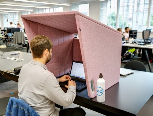 BuzziSpace-Cockpit-Over-the-Workstation-Portable-Acoustic-Cover-in-Office-Pink