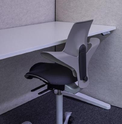BuzziSpace Folding Screen 3 in Single Desk Work Space