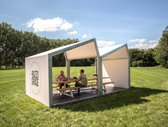 BuzziSpace-Shed-Outdoor-Shelter-Meeting-Point-in-the-Garden-Pierre-colour