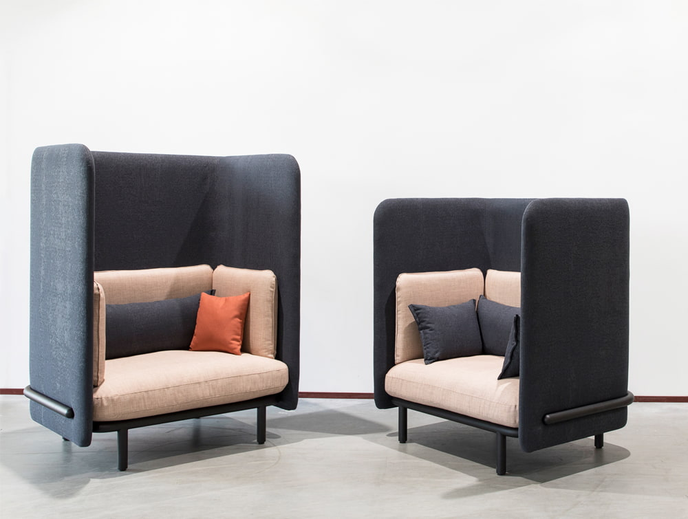 BuzziSpace-Spark-Acoustic-Lounge-Cosy-Sofa-Single-Black-and-Pink-