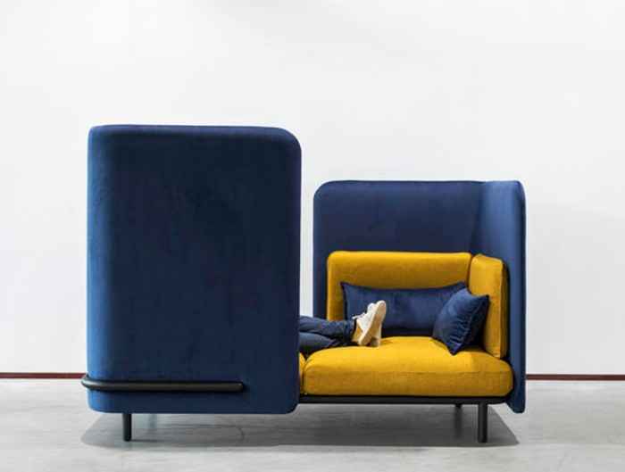 BuzziSpark-Acoustic-2-Seat-Relaxation-Pod-Blue-and-Yellow