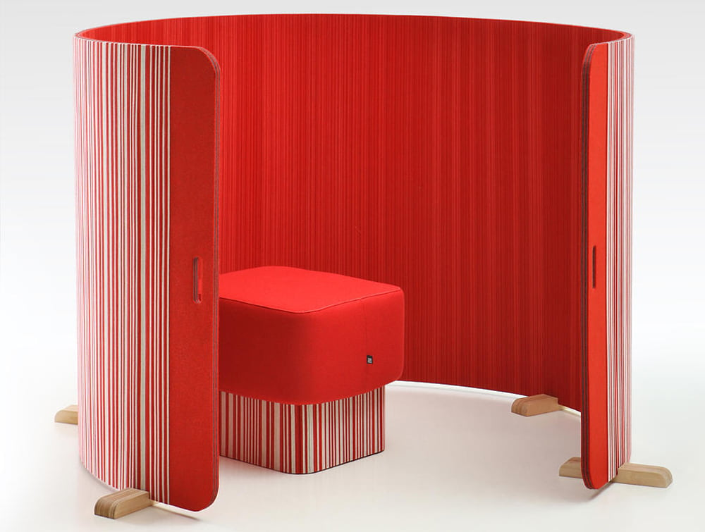 BuzziTwist Curved Acoustic Screen Divider Bicolor and Unicolor Red and Which with Pouffe