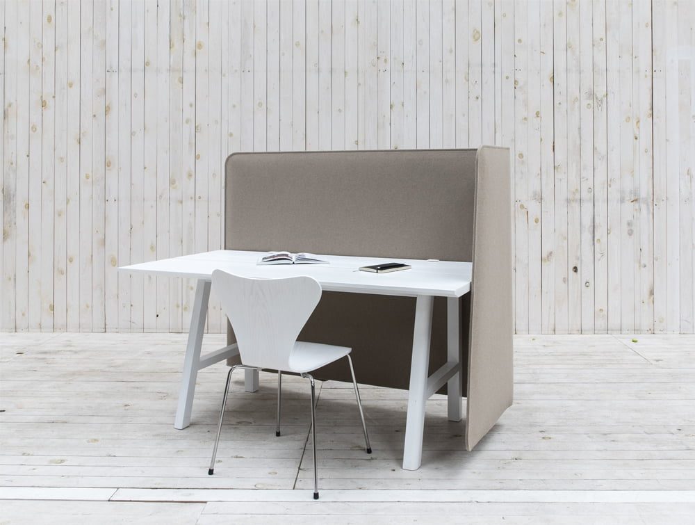 BuzziWrap-Front-Desk-Right-Acoustic-Partition-Beige-with-White-Table-and-Chair-