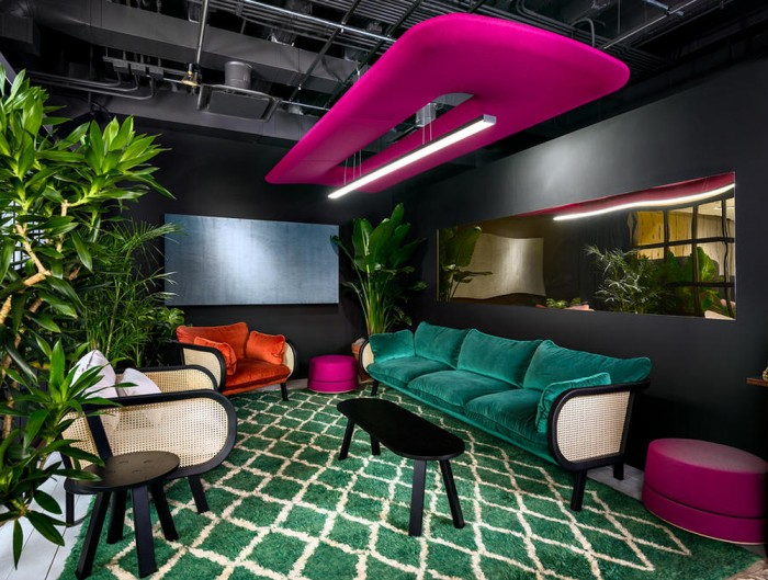 BuzziZepp-Acoustic-Panel-Ceiling-Light-Fuchsia-in-a-Waiting-Room