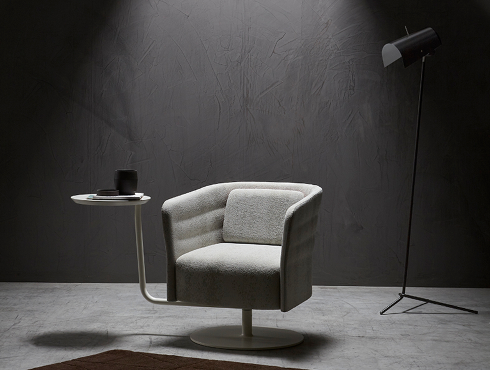 Cell72 Single-Seater Swivel Chair with Round Steel Central Base 3 in Light Grey with Lamp Stand.jpg