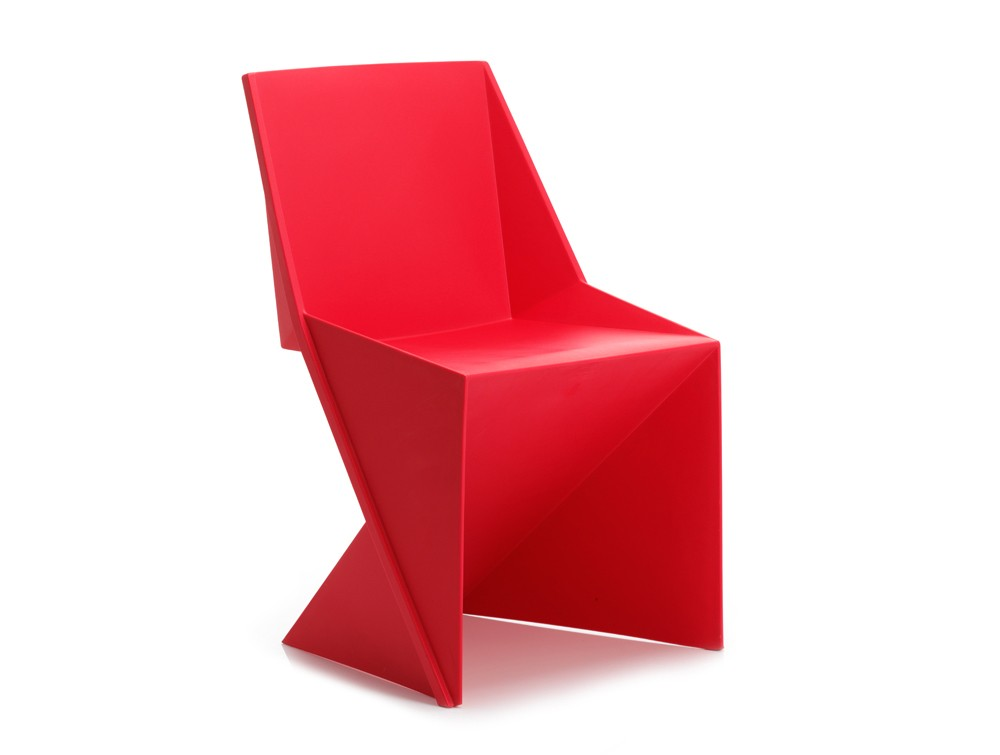 Dynamic freedom stackable chair in red polypropylene