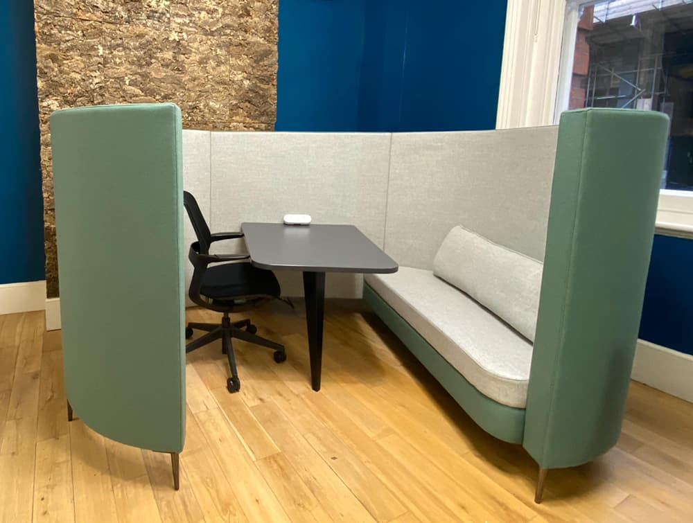 Delia-4-Seater-Meeting-Den-with-Table-with-Grey-Interior-and-Teal-Exterior-and-One-Seat-and-One-Task-Chair.jpg