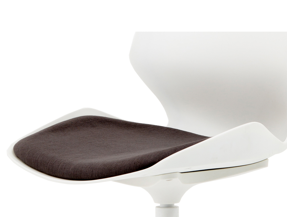 Florence-White-Ergonomic-Spider-Legged-Visitor-Chair-Padded-Seat