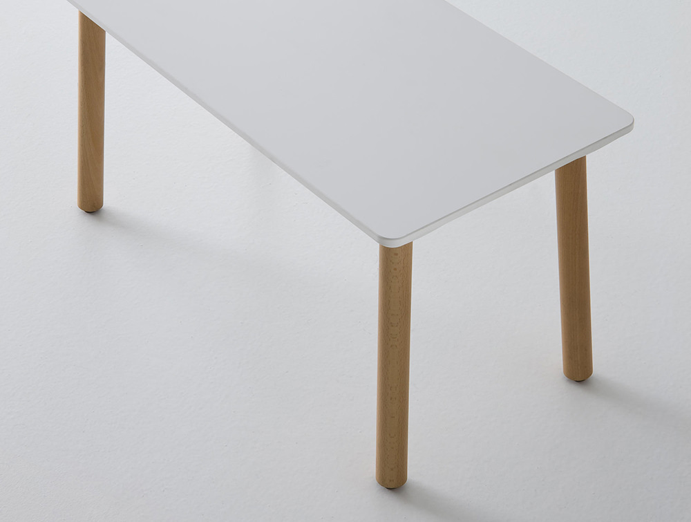 Gaber-Stefanino-Table-Overhead-View