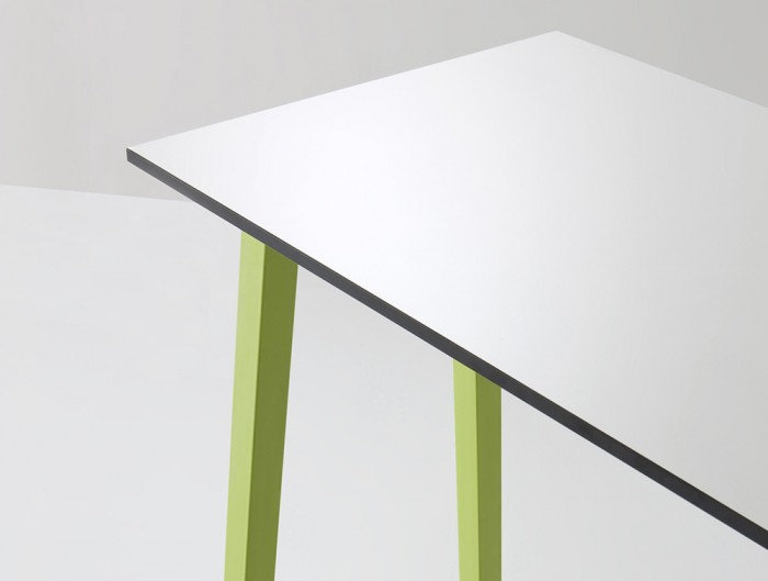 Gaber-Step-Canteen-Table-Close-View