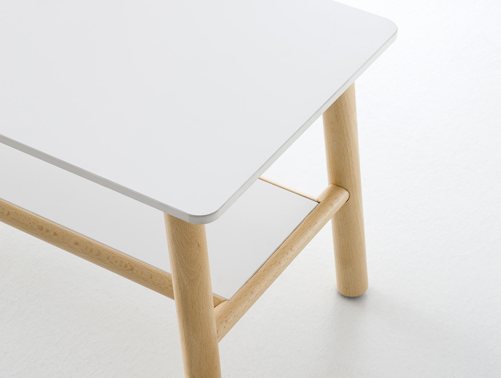 Gaber-Woody-Table-Detail-View