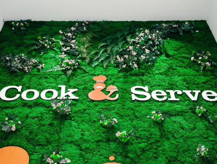 Green-Mood-Green-Walls-Forest-Cook-and-Serve-Close-View