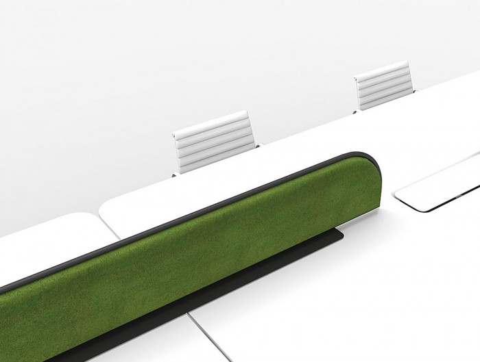 Green-Mood-Moss-Acoustic-Desk-Screens-with-Matte-Black-Structure-in-White-Office-Setting-Close-View