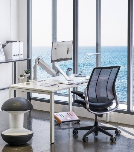Humanscale Black Liberty Task Office Desk Chair Side