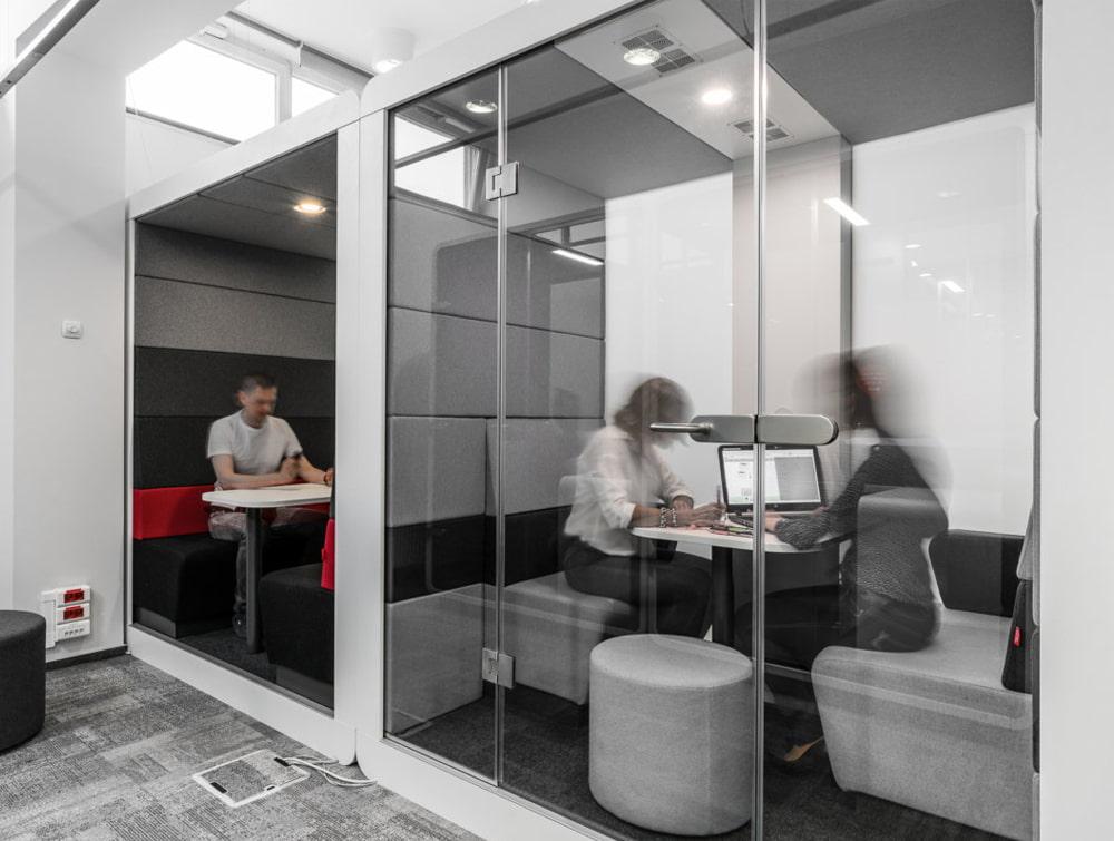 Hush Meet Acoustic Meeting Hub Workstation in Office