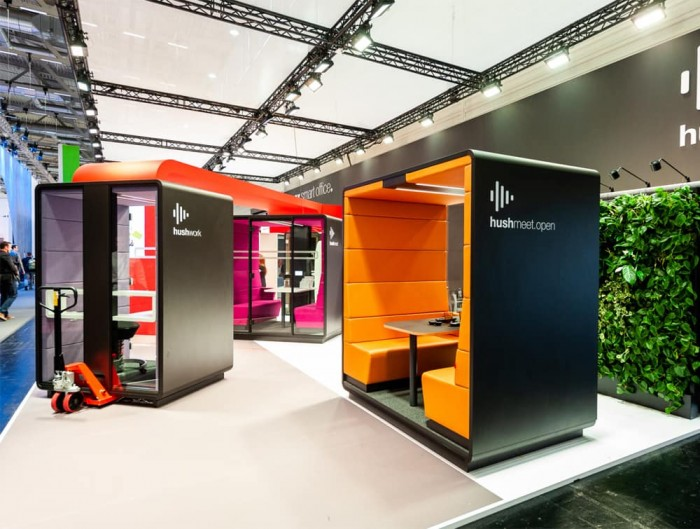 Hush Meet Open Acoustic Meeting Pod Black Body with Individual Workstation and Hush Meet