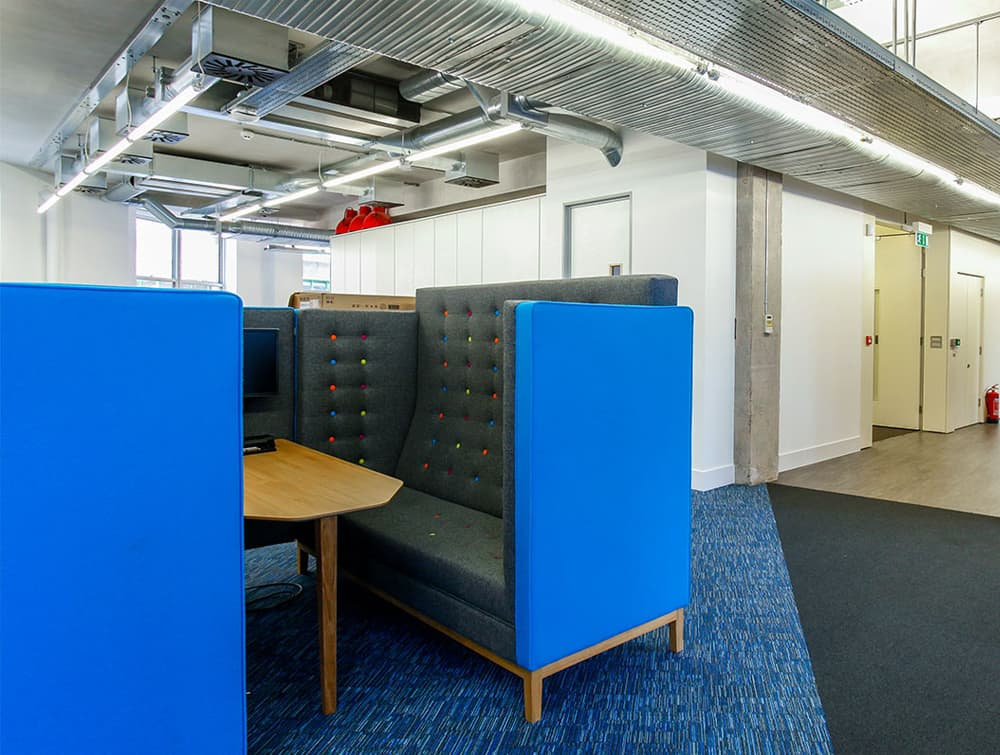 Jig Cave 4 Seaters Acoustic Meeting Pod with Wood Frame in Reception Area