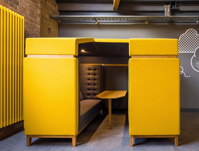 Jig Shed Modern Acoustic Seating Pod in Yellow