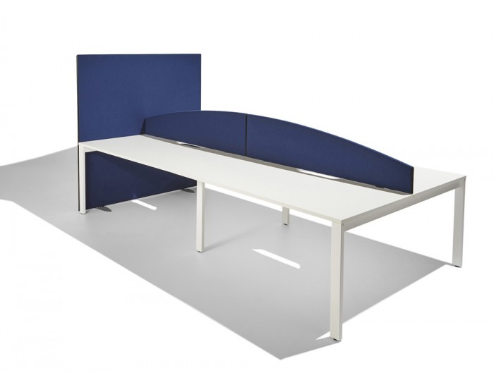 Jump-Curved-Desk-Mounted-Freestanding-Screen-in-Navy-Blue-1