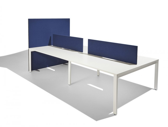 Jump-Straight-Desk-Mounted-Freestanding-Screen-in-Navy-Blue-1