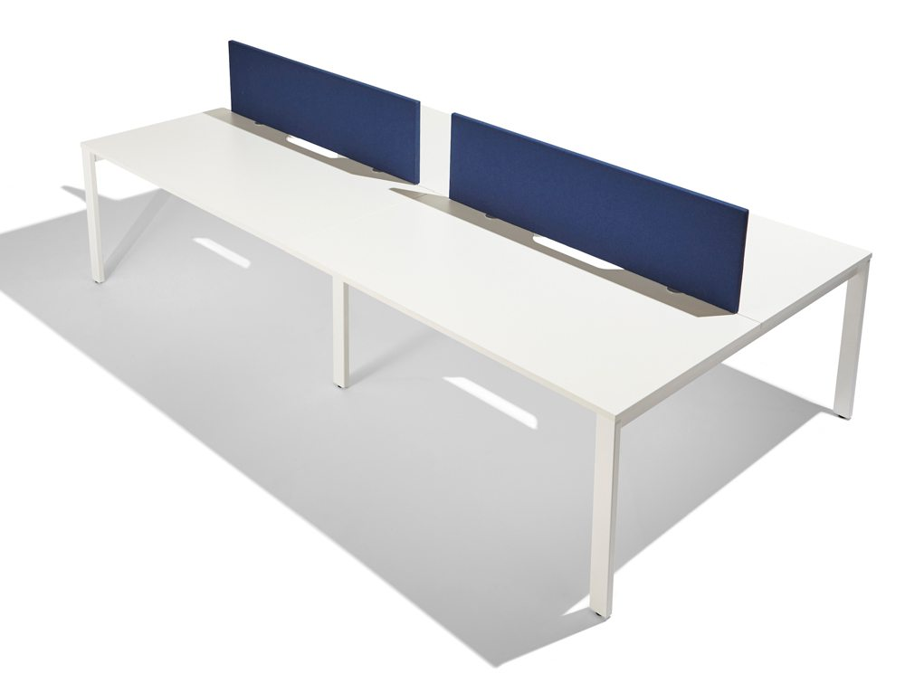 Jump straight desk screen in dark blue