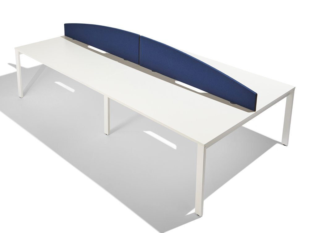 Jump curve desk screen in dark blue