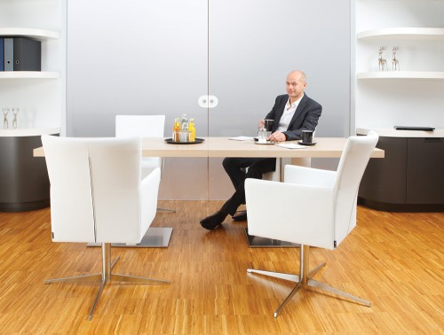 Kleiber Self Centering Office Meeting Chair in White with Table