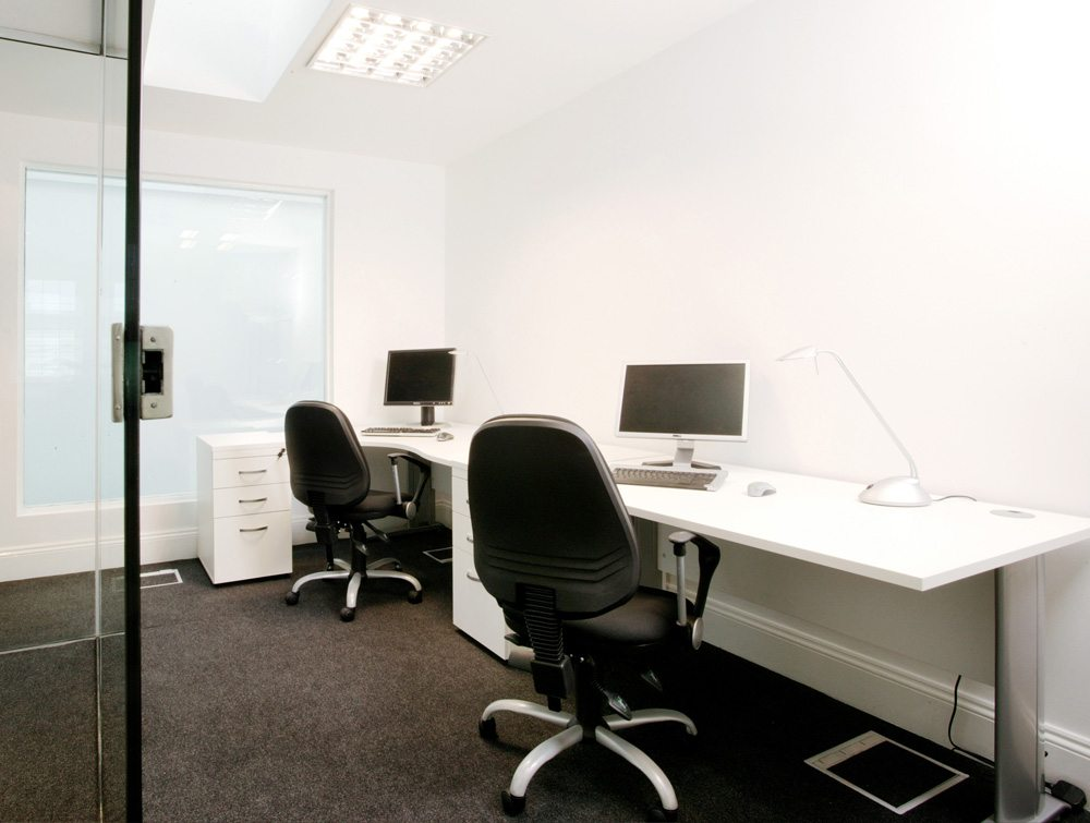 Komo Straight Desks in White with Black Chairs